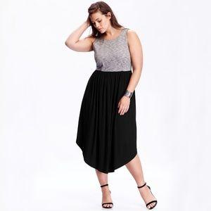 Old Navy Sleeveless Midi Dress